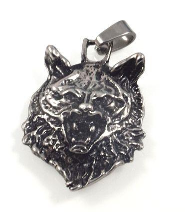 Detailně zpracovaný ocelový přívěsek Hlava vlka -ocpriv123-
