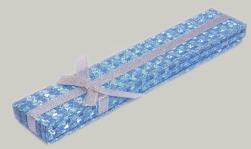 Krabička na šperky v modré barvě.