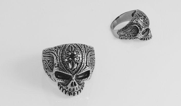 Prsten z chirugické oceli lebka Gurllanda