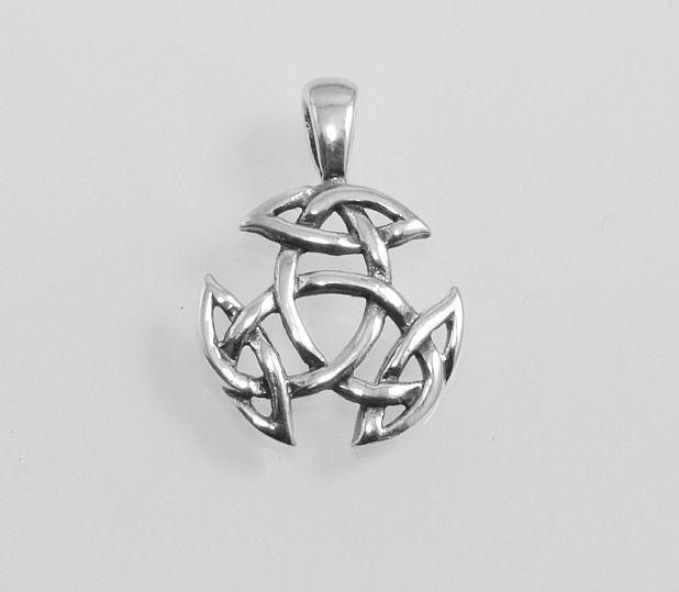 Stříbrný přívěsek Keltská Triáda IV.