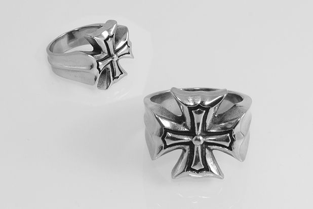 Prsten z chirugické oceli Maltézák No.014