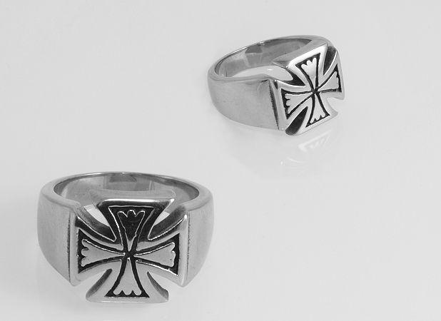 Prsten z chirurgické oceli Maltézský kříž No.015