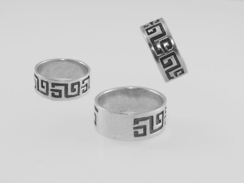 Stříbrný prsten kroužek AGPRST090