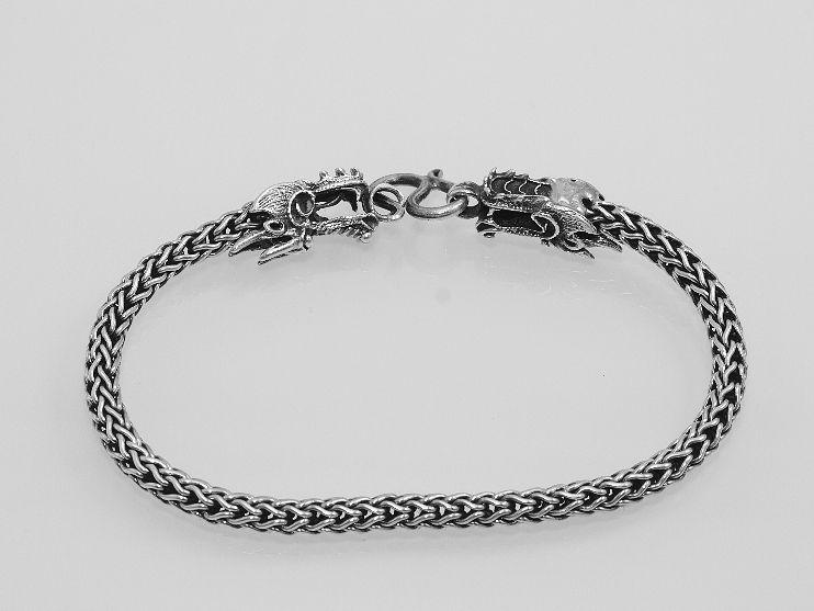 1. Stříbrný náramek Královský s Drakem