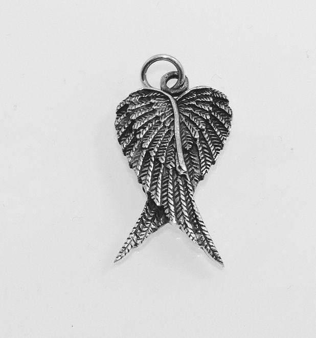 Stříbrný přívěsek Dvě křídla.