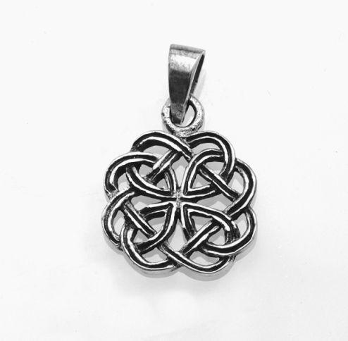 Stříbrný přívěsek keltské uzly