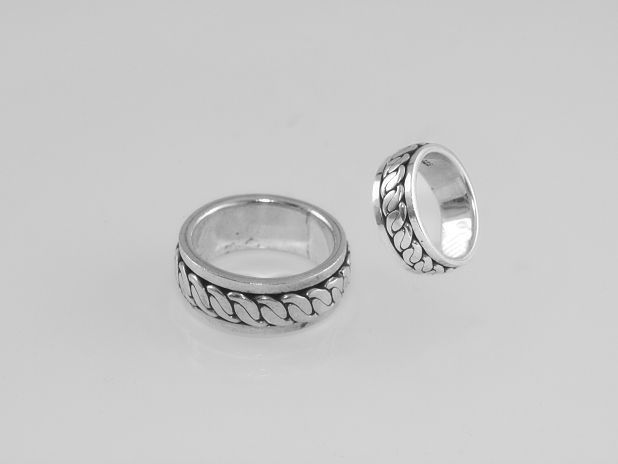 Stříbrný prsten No.026