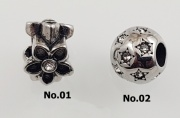 2. Korálek z chirugické oceli Panda No. K04
