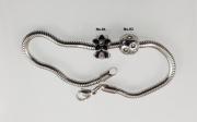3.Korálek z chirugické oceli Panda No. K04