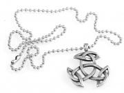 2.Přívěsek z chirugické oceli Keltská Triáda