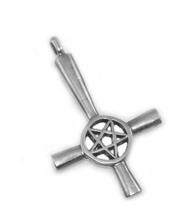 Stříbrný přívěsek Obrácený kříž 6
