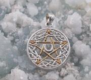 2.Stříbrný přívěsek Pentagram s Keltskými uzly
