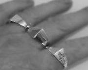 5.Stříbrný prsten Trio
