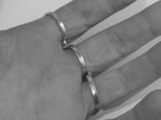 6.Stříbrný prsten Trio