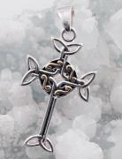2.Stříbrný přívěsek Keltský kříž
