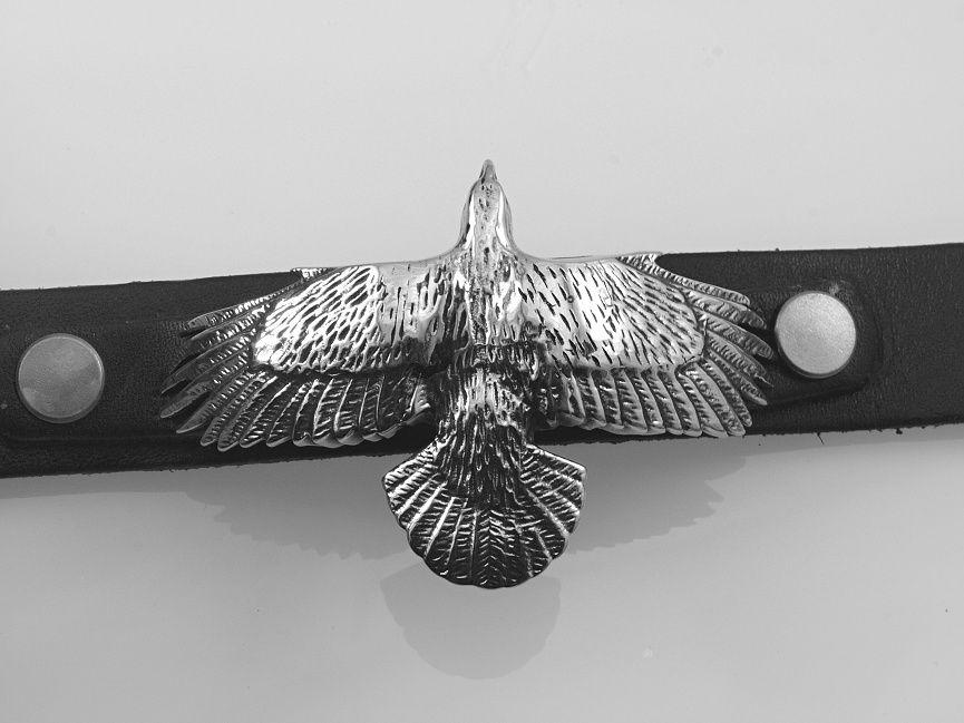 1. Kožený náramek Orel