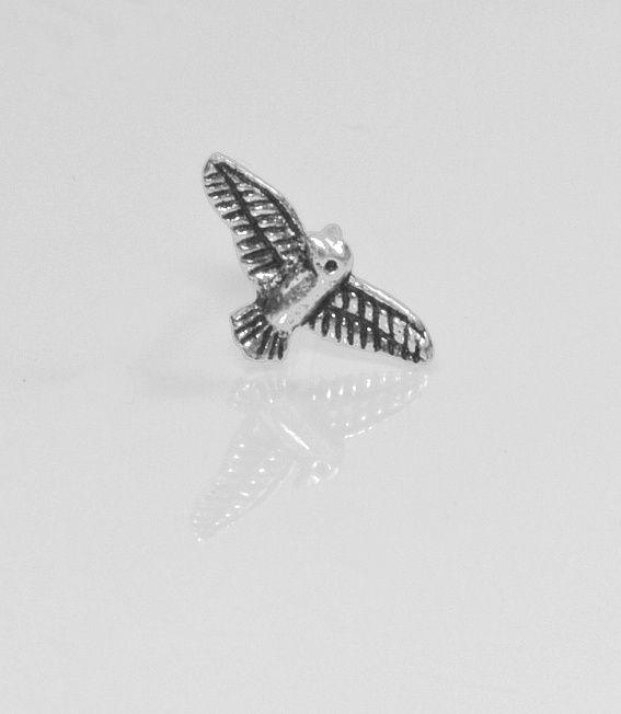 2.1. Stříbrná náušnice Ptáček