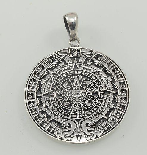 Stříbrný přívěsek Aztécký kalendář