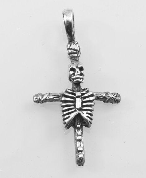 Stříbrný přívěsek smrtka na kříži