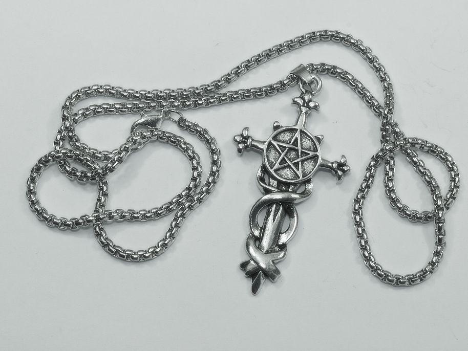 Mystický kultovní symbol, amulet, přívěsek z chirurgické oceli Pentagram na meči RiverSperky