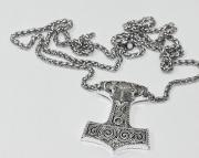Přívěsek Havraní Thórovo kladivo