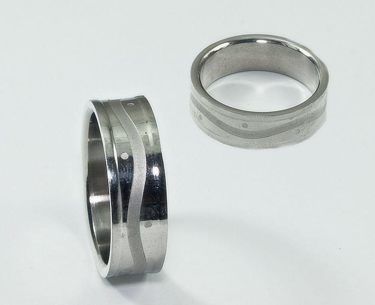 Prsten chirurgická ocel Kroužek model 3202001
