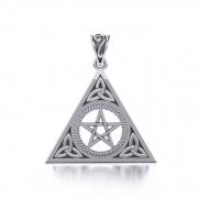 2. Grafický návrh šperku Pentagram s Triquertou