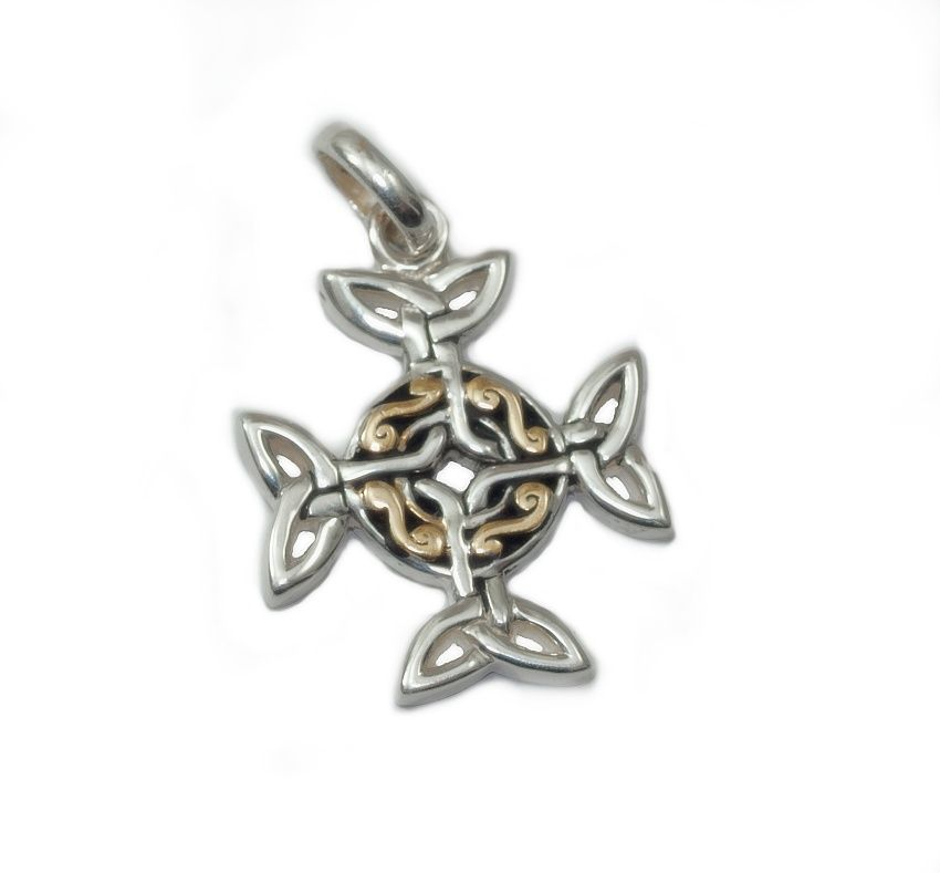 1. stříbrný přívěsek Keltský uzel