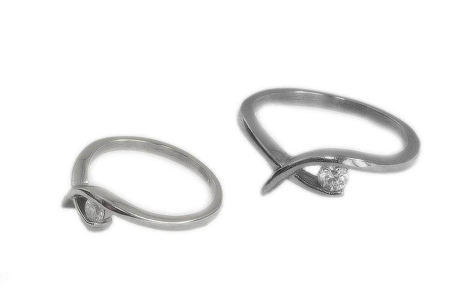 1. Dámský prsten z chirurgické oceli, Darrinne