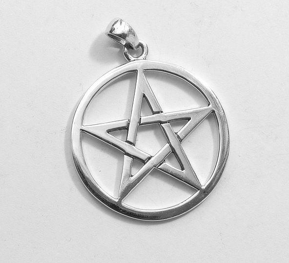 1.Stříbrný přívěsek Pentagram 250213