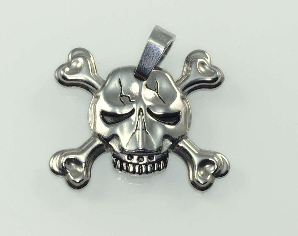 Ocelový přívěsek Pirátská lebka