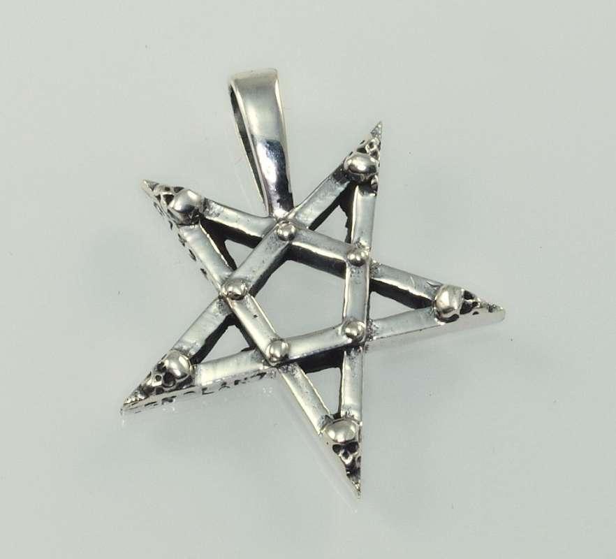 Stříbrný přívěsek Obrácený pentagram. 620047