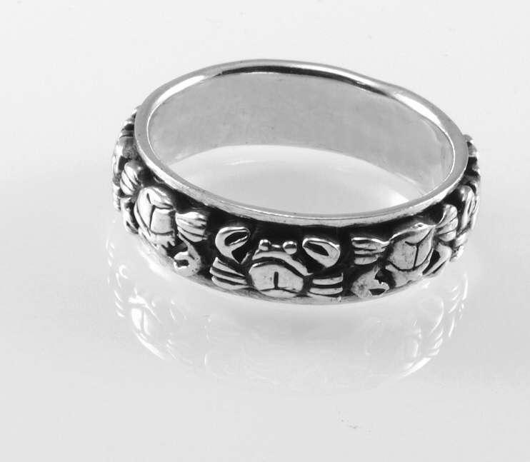 Stříbrný prsten Rak