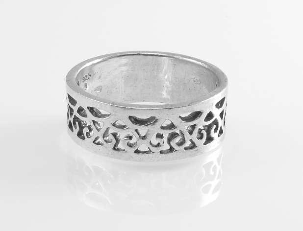 Stříbrný prsten Sandre