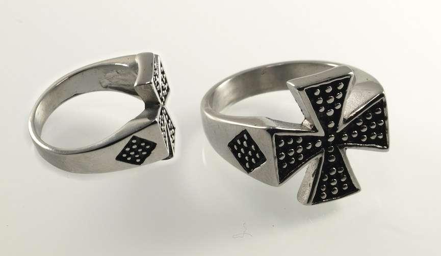 Ocelový prsten Maltézský prsten III.