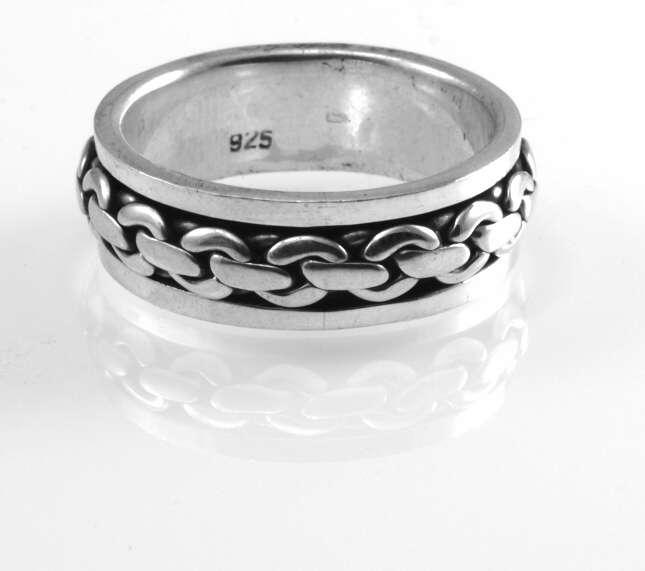 Stříbrný prsten Řetěz