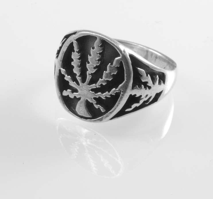 Stříbrný prsten Mariánka III.