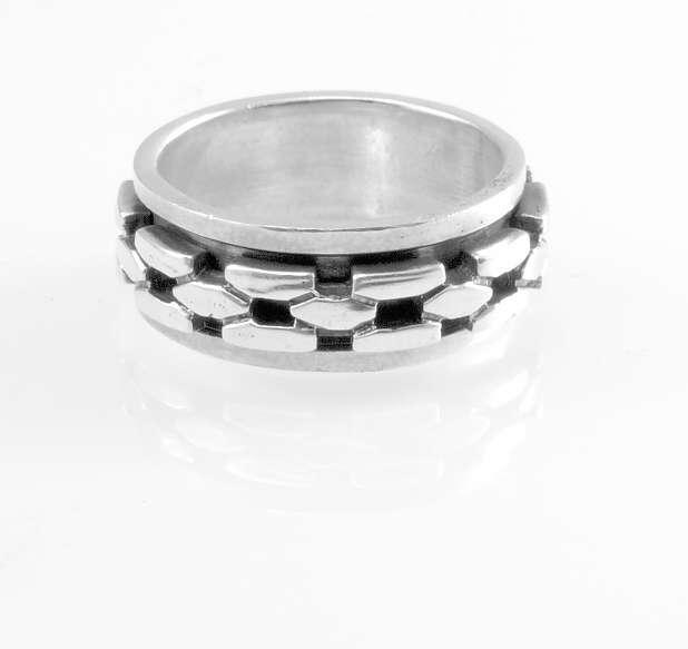 Stříbrný prsten Tabagi