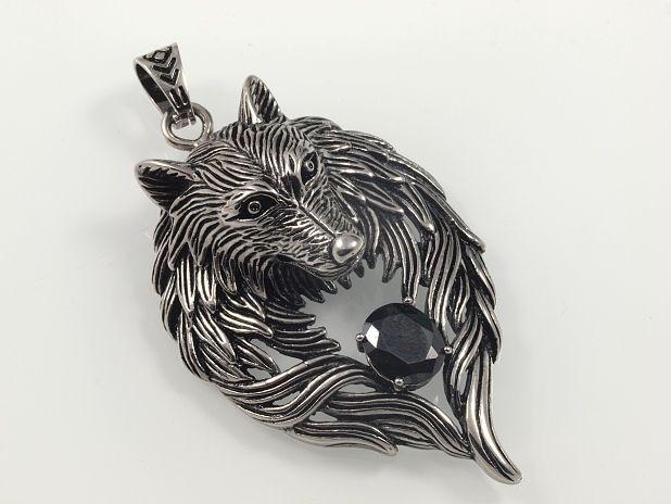 SteelArt.Ocelový přívěsek.OCPRIV220068. Přívěsek Hlava vlka,.Chirurgická ocel.