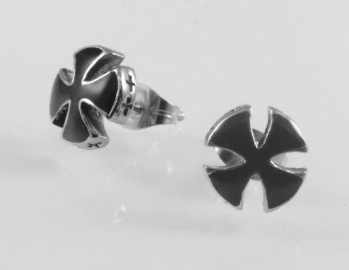Ocelová náušnice