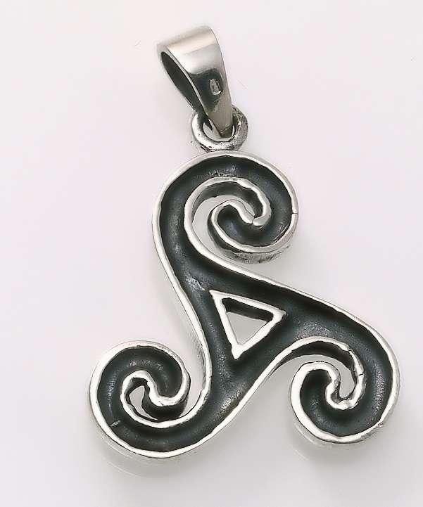 Stříbrný amulet Triskel Kelt I.