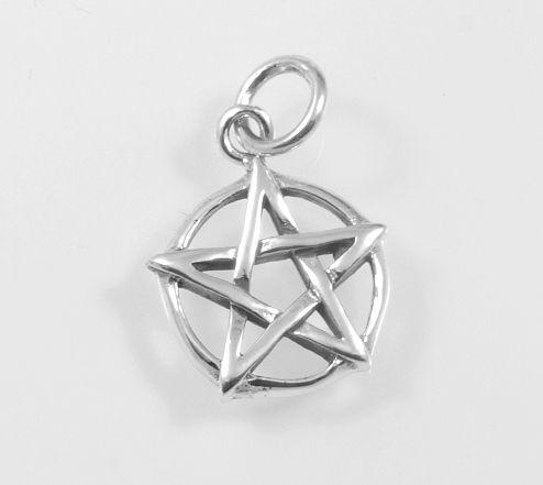 Stříbrný přívěsek, Pentagram.