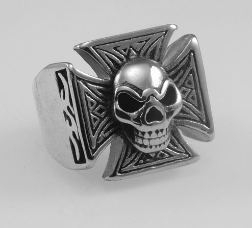 Ocelový prsten. Maltézský kříž I.