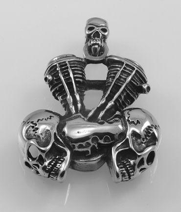 Ocelový přívěsek Motor s lebkami.  OCPRIV220092