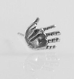 Stříbrná náušnice Otevřená dlaň