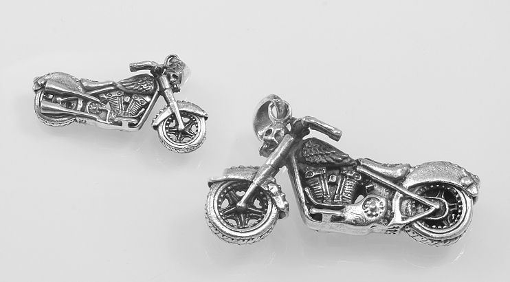 Stříbrný přívěsek Motorka V.