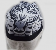 3. Vázací šátek Tygr 2