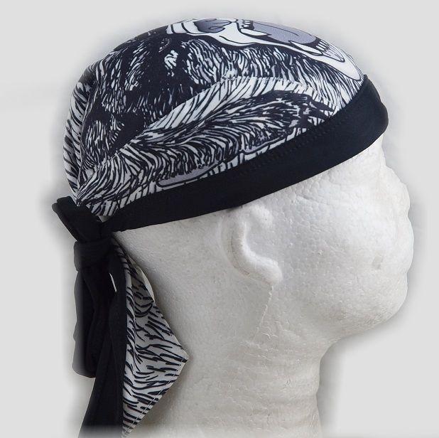 1. Vázací šátek, motiv Medvěd.