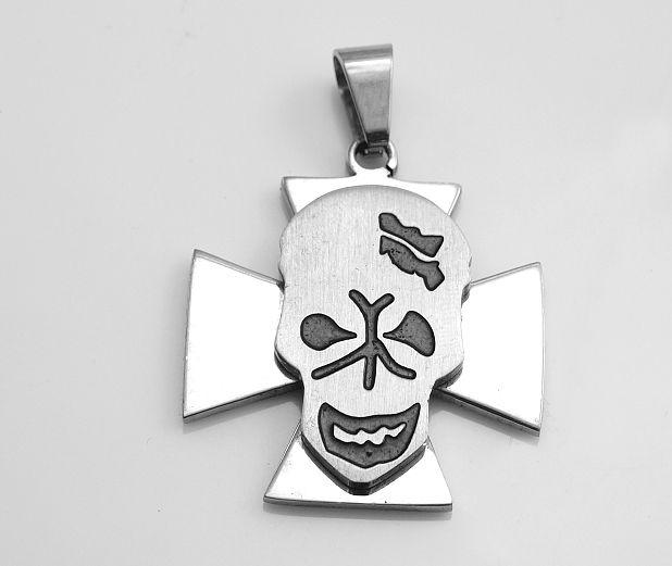 Ocelový přívěsek Maltézský kříž s lebkou
