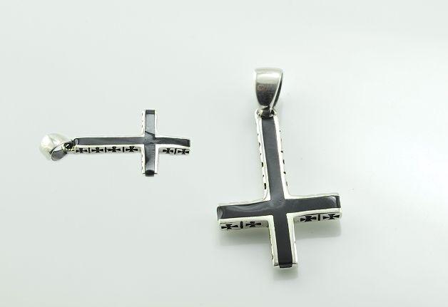 ThajskoSilvermanufacture. Stříbrný přívěsek, obrácený kříž..AGPRIV620198